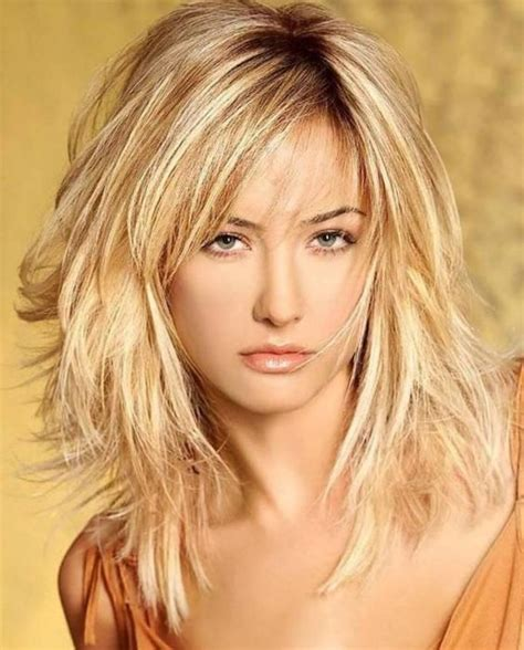 trendy hairstyle looks like a herringbone but with rubberbands the haircuts trends for medium hairstyles long hairstyles