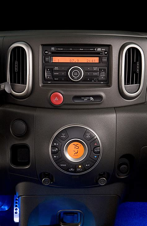 nissan cube interior accessories 2009 nissan cube krom news and information conceptcarz com