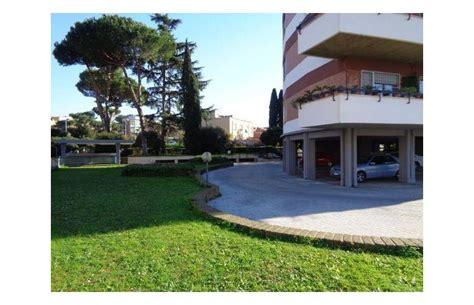 appartamenti in vendita a roma da privati privato vende appartamento appartamento a roma laurentina
