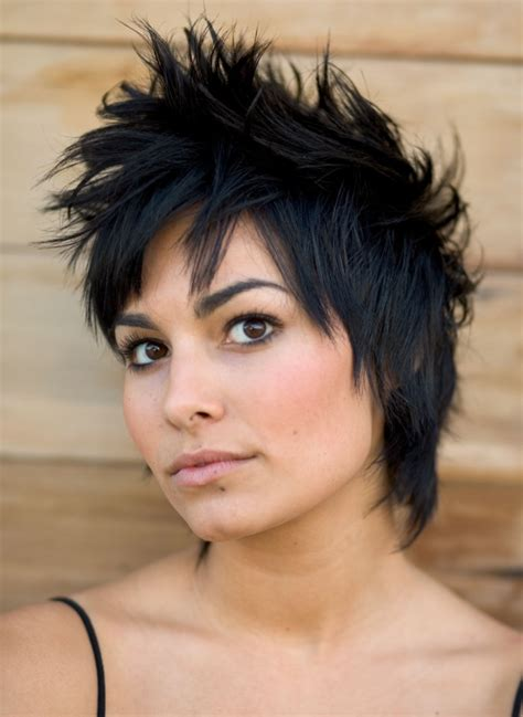 pretty short haircut trends