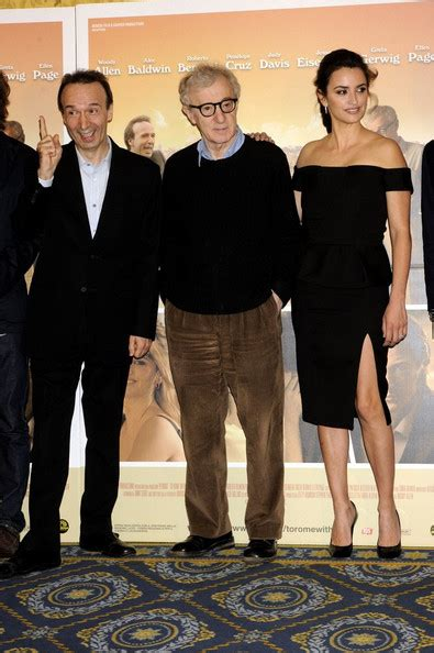 Penelope To In New Woody Allen by Woody Allen Penelope Photos The Photocall For To
