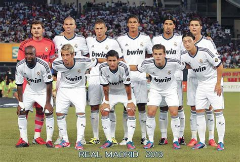 quien fundo el real madrid real madrid player team 2012 2013 football wallpaper