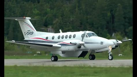 beechcraft king air 200 with cargo pod approach and landing