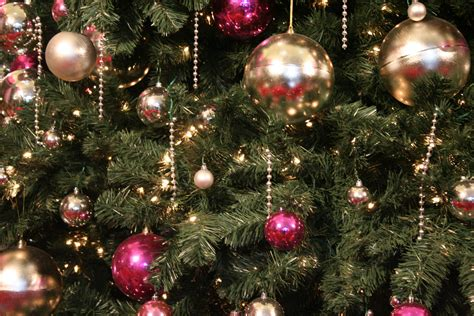 christmas tree 12 high resolution wallpaper