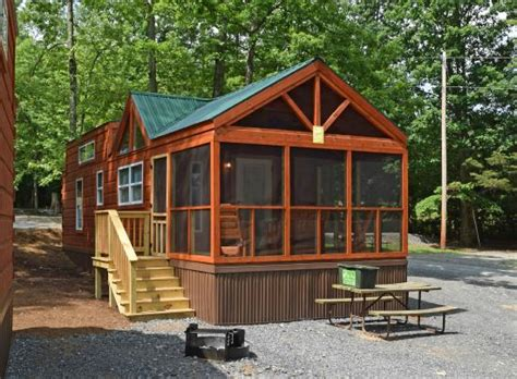 Cabins At Jellystone Park by Premium Loft Cabin Picture Of Yogi S Jellystone