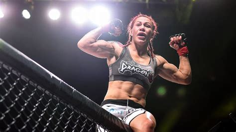 mma si鑒e cris cyborg justino to stay a featherweight will defend