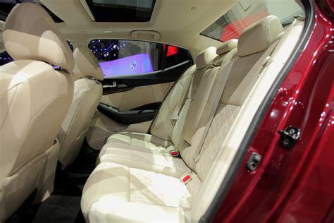 2016 nissan maxima look 187 autoguide news