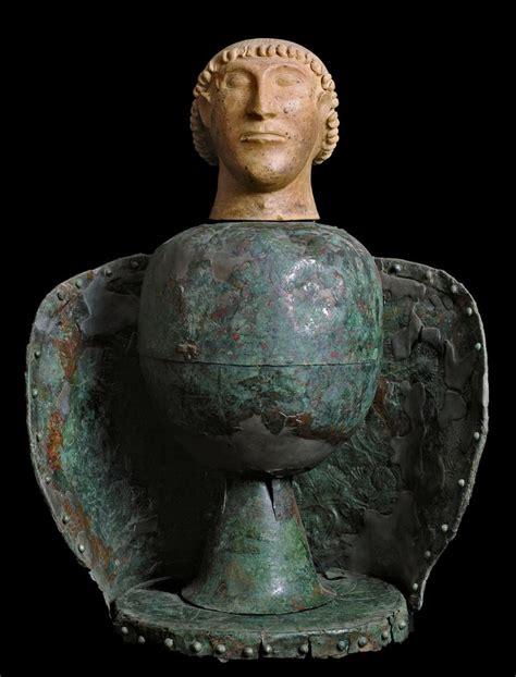 vaso canopo etrusco testa di canopo da dolciano chiusi vi sec a c