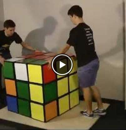 världens största rubik's kub!