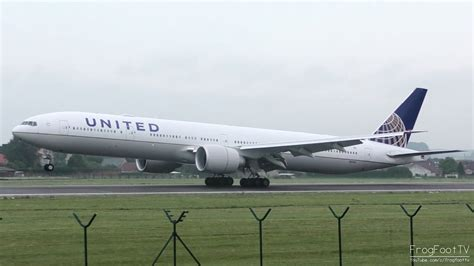 plan si鑒es boeing 777 300er air united airlines boeing 777 300er landing at