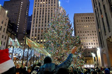 restaurant with view of christmas tree at rockefeller a 24 7 livestream of the rockefeller center tree