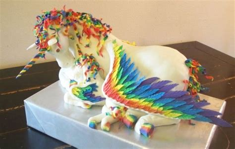 Regenbogen Kuche by Rainbow Unicorn Pegasus Cake The Sue