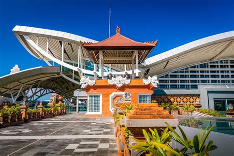 airasia ngurah rai airport airasia makes first landing in bali from tokyo narita