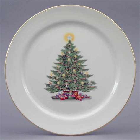 christmas tree plate from holidays by pickard china