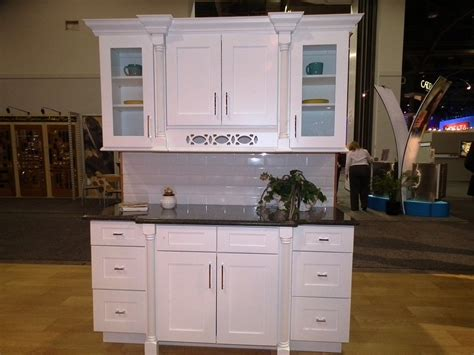 White Kitchen Cabinets Online by Buy Ice White Shaker Kitchen Cabinets Online
