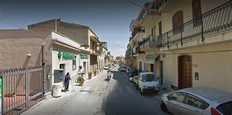 unipol palermo rapina alla farmacia in via villagrazia due giovani