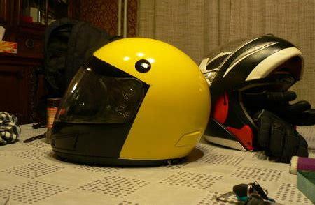 desain helm lucu 12 desain helm lucu dan kreatif daun hijau