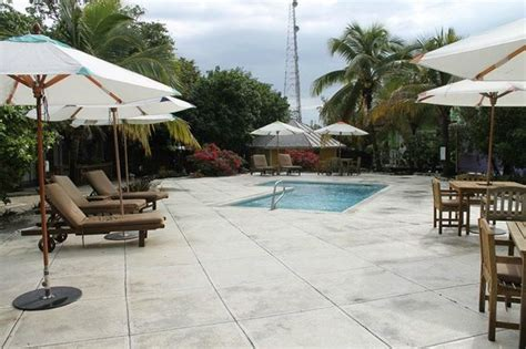 freedom boat club ta reviews the pool very very clean picture of staniel cay yacht