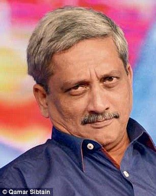Warrant To Search House Goa Court Blocks Warrant To Search Parrikar S House Daily Mail