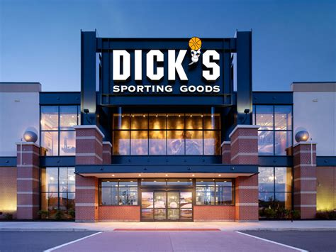 www dickssportinggood dick s sporting goods 3 day grand opening at shoppes at
