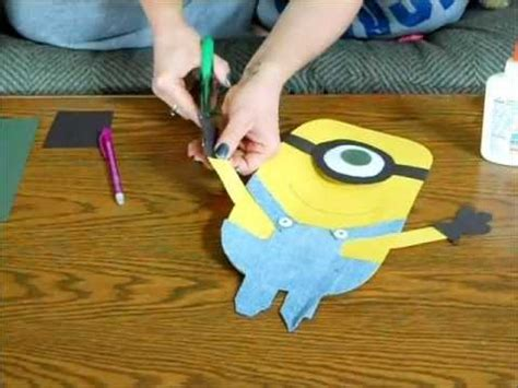 How To Make Paper Minions - how to make a despicable me minion 1 of 2