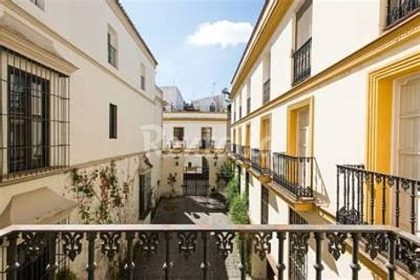 alquilar apartamento en sevilla apartamento en alquiler en sevilla centro sevilla