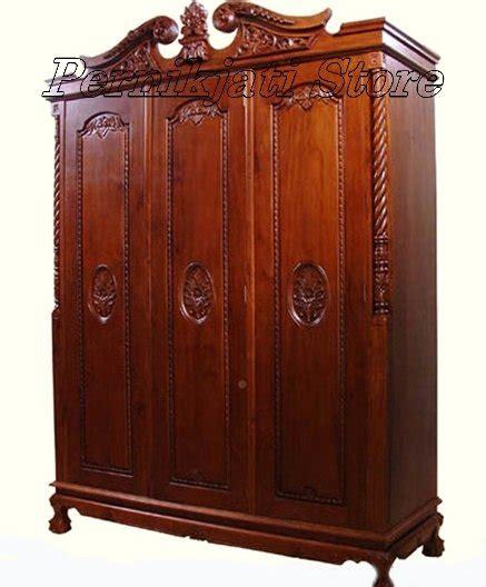 Lemari Kayu Per Meter jual lemari pakaian 3 pintu ukiran mahkota kayu jati di