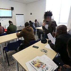 esame per permesso di soggiorno seimila esami di italiano truccati in tutta italia per il