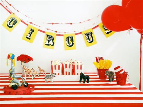 Circus Birthday Decorations by Day At The Circus Birthday Hgtv