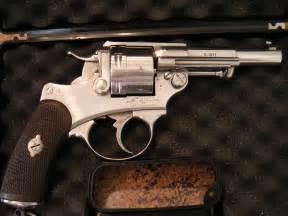 Re Volver 1873 revolver