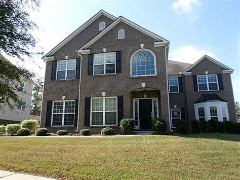 5 Bedroom House by Fannie Mae Offers Time Home Buyers Big Help With