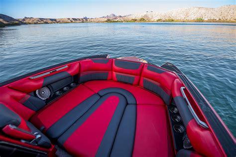 malibu boats employees malibu introduces 2015 phil soven signature edition boat
