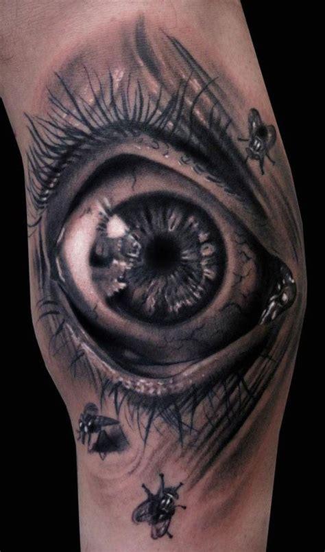 3d tattoo zahnräder trend 3d tattoos woman at