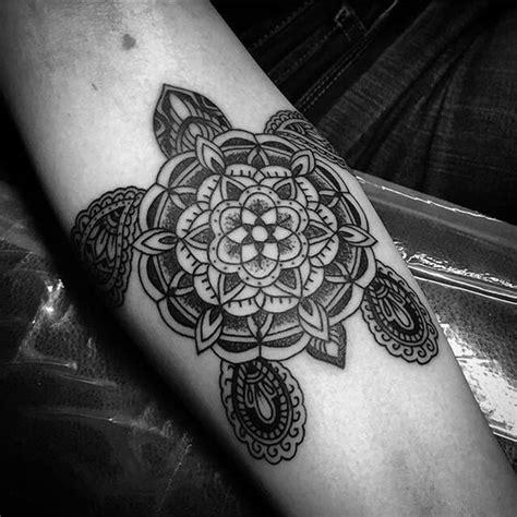 mandala tattoo hawaii kuvahaun tulos haulle turtle mandala tattoo tattoos