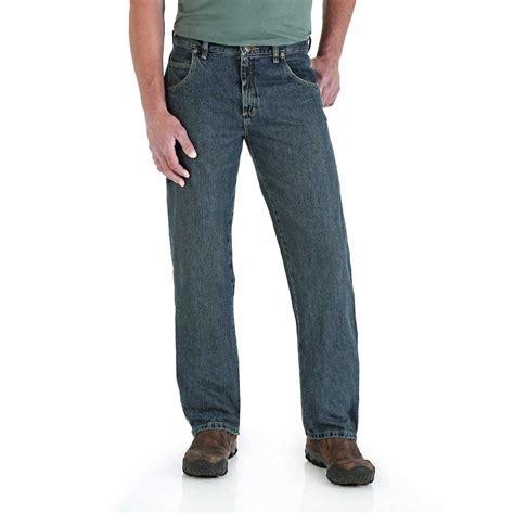 wrangler rugged wear relaxed fit wrangler 31000mt 42 inch x 30 inch rugged wear relaxed fit mid rise jean at sutherlands