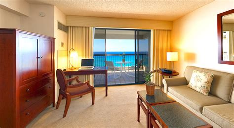 2 bedroom suites waikiki beach waikiki beach tower hawaii ocean club realty group