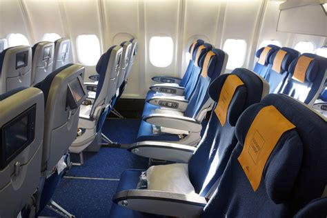 economy comfort seat klm review klm economy comfort seat review brokeasshome com