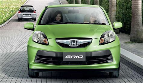 honda brio hatchback icb analysis the 2011 honda brio hatchback up and close