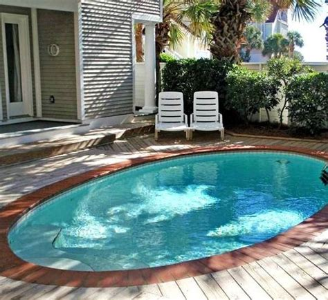 19 Swimming Pool Ideas For A Small Backyard Homesthetics Small Swimming Pools For Small Backyards