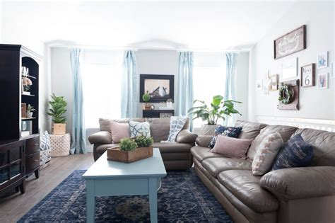 Navy Living Room Decor by Pink Navy Blue And Jade Family Room Decor Reveal Jo S House