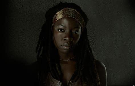 Walking Dead Michonne 5 things that deserve the michonne side eye huffpost