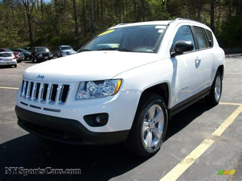compass jeep white 2011 jeep compass 2 4 latitude 4x4 in bright white