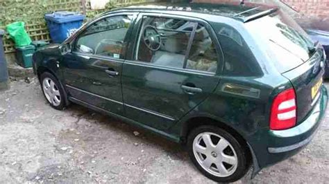 skoda fabia comfort 1 9 tdi skoda fabia comfort 1 9 tdi 74kw mk1 2001 car for sale