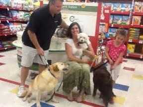 Guys Big Bite Backyard Set Zoe S Friends Animal Rescue Hooray I M Adopted 276
