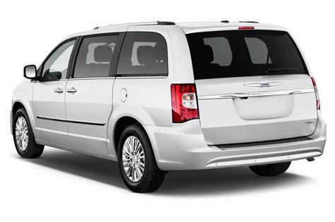 for chrysler town and country 2012 chrysler town country reviews and rating motor trend