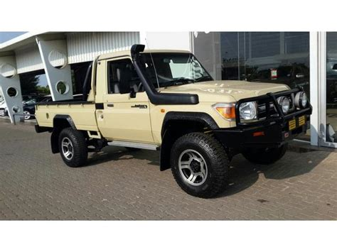 land cruiser toyota bakkie toyota landcruiser 79 pick up 4 0 v6 60th edition in south