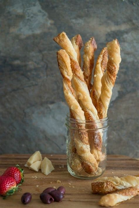 pioneer woman puff pastry cheese straws