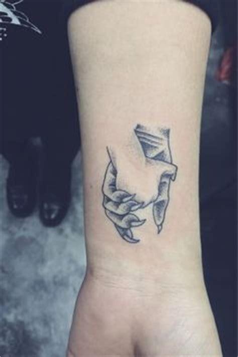 tattoo arm length quarter sleeve tattoos are those covering about a quarter