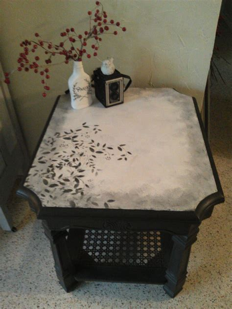Stencil Table by 17 Best Ideas About Stenciled Table On Stencil