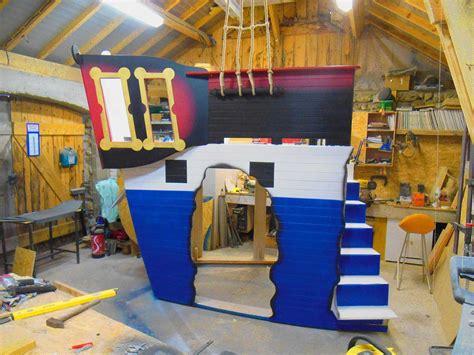 chambre pirate enfant mobilier original pour chambre d enfant cabanologue